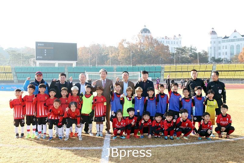 1125일 정읍 제125주년 동학농민혁명  기념 전국 유소년 축구 페스티벌 개최.jpg