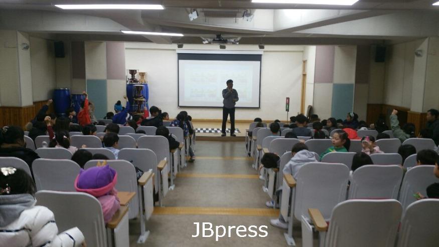 12.2 남원초 교통안전교육.JPG