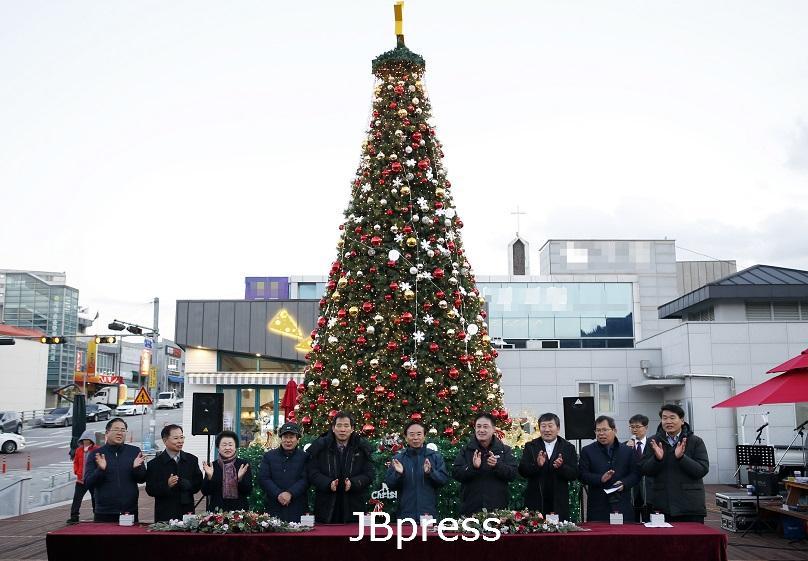 1.아듀 2019, 임실읍내 환하게 불 밝힌다 (2).JPG