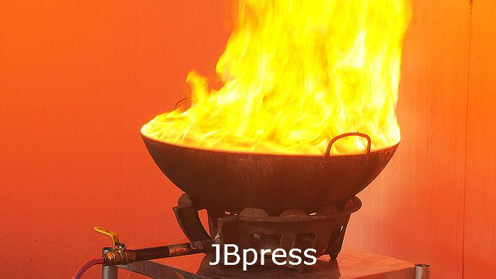 식용유 화재 초기 물대신 산소차단 하세요 사진1.jpg